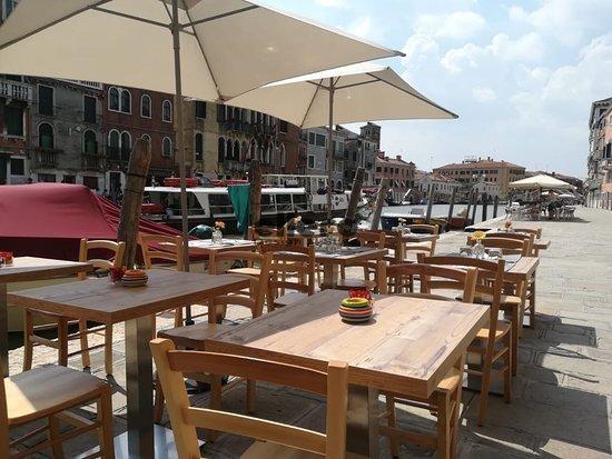 Ristorante-Ogio-Venezia-Romea-chair-tavolo-kensigton-park